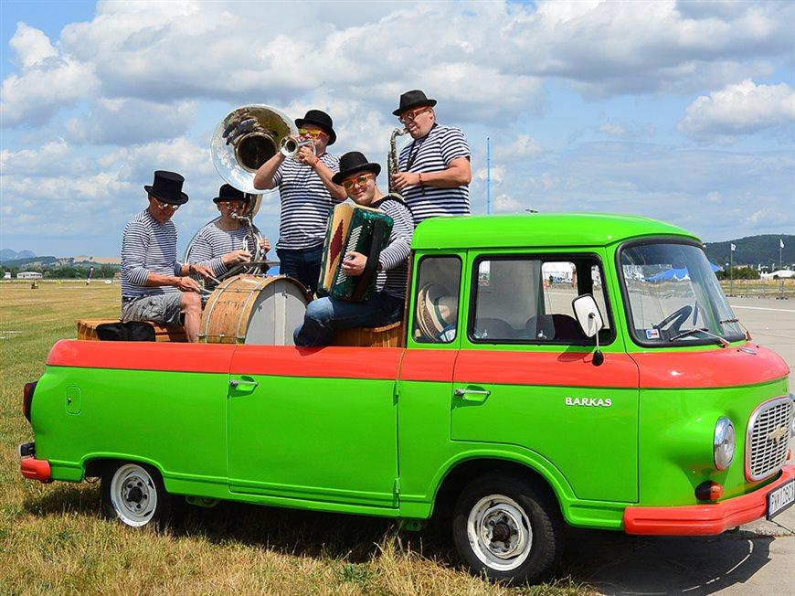 Mobilný auto koncert Funny Fellows